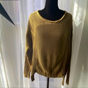 Monoreno olive green heavy knitted sweater top